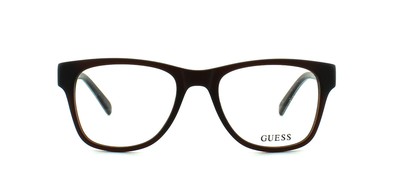 GUESS model GU1826 col.BRN