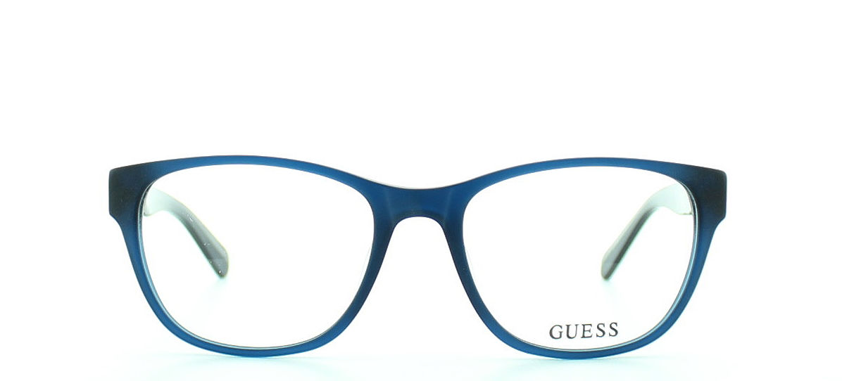 GUESS model GU1837 col.MBL